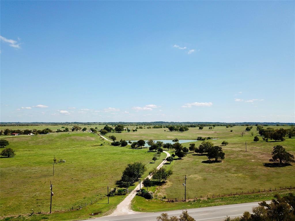 7439 Highway 90 Navasota, TX 77868