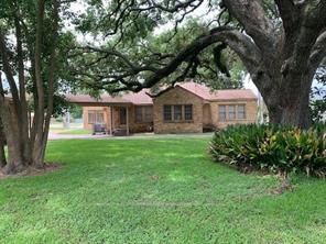 Property for sale at 409 S 17th Street, West Columbia,  Texas 77486
