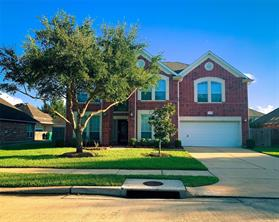 Property for sale at 9210 Sunbonnet Drive, Pearland,  Texas 77584