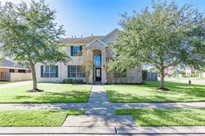Property for sale at 4204 Oriole Trails Drive Drive, Dickinson,  Texas 77539