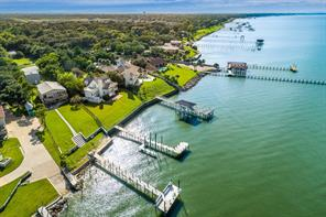 Property for sale at 5415 W Bayshore Drive, Bacliff,  Texas 77518