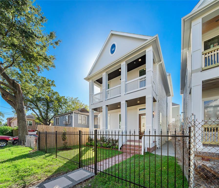2727 RUTLAND Street, Houston, TX 77008