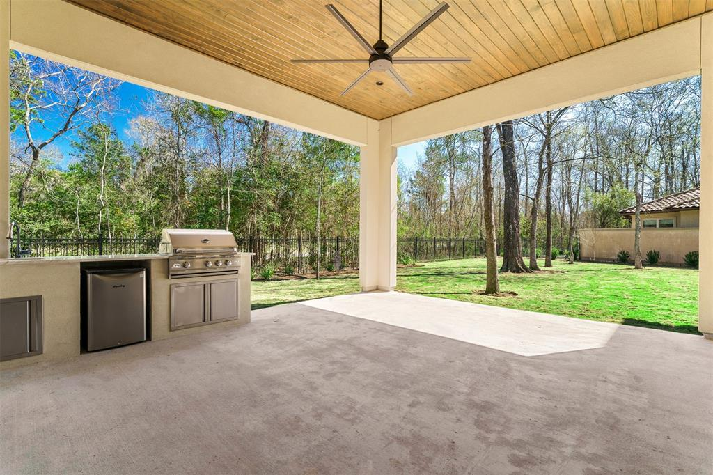 42 Johnathan Landing Court The Woodlands, TX 77389