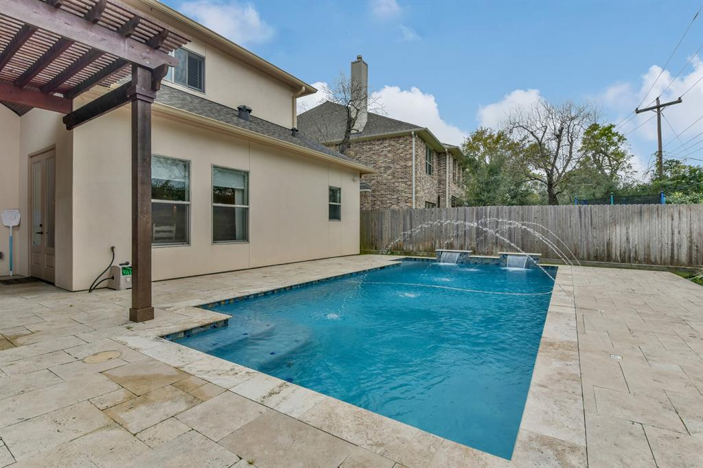 12826 Butterfly Lane Houston, TX 77024