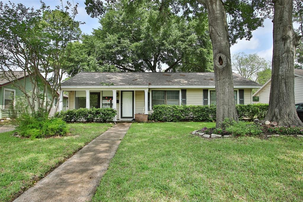 1314 Cheshire Lane Houston TX  77018 - Hunter Real Estate Group