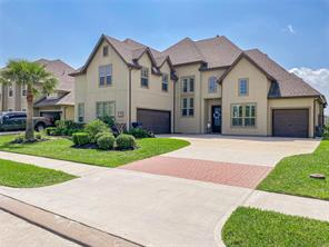 Property for sale at 538 Amalfi Drive, Kemah,  Texas 77565