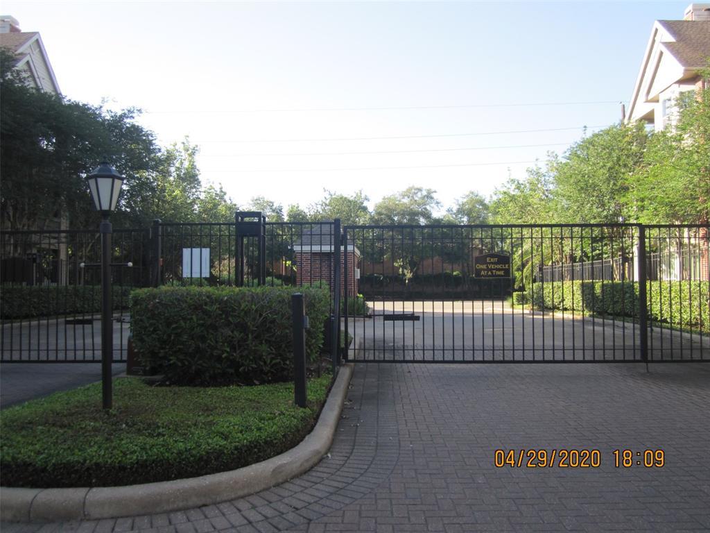 1330 Old Spanish Trail Houston, TX 77054