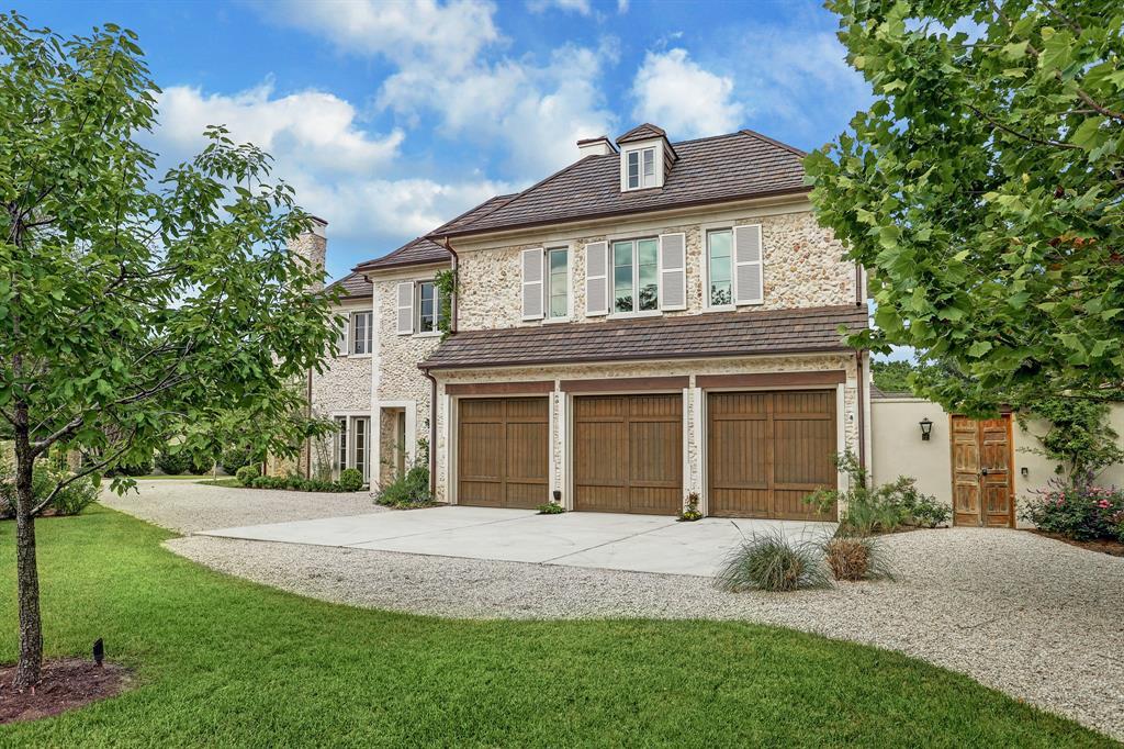 2535 Inwood Drive Houston, TX 77019