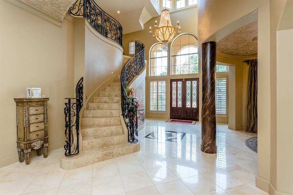 27 Wilmington Court Sugar Land, TX 77479