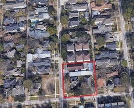 Property for sale at 301 E 5th Street, Houston,  Texas 77007