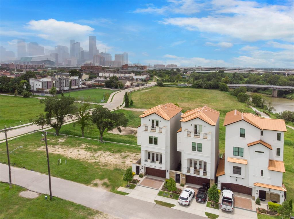 623 N Live Oak Street Houston, TX 77003