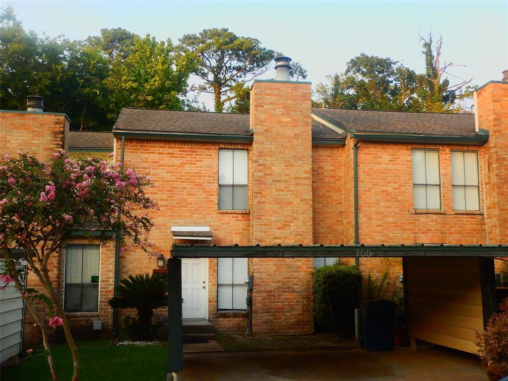 755 Worthshire Street Houston, TX 77008
