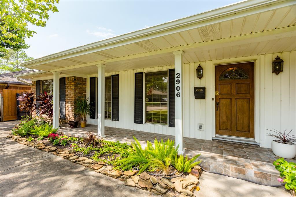 2906 Prescott Street Houston TX  77025 - Hunter Real Estate Group