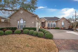 Property for sale at 1553 Briar Bend Drive, Friendswood,  Texas 77546