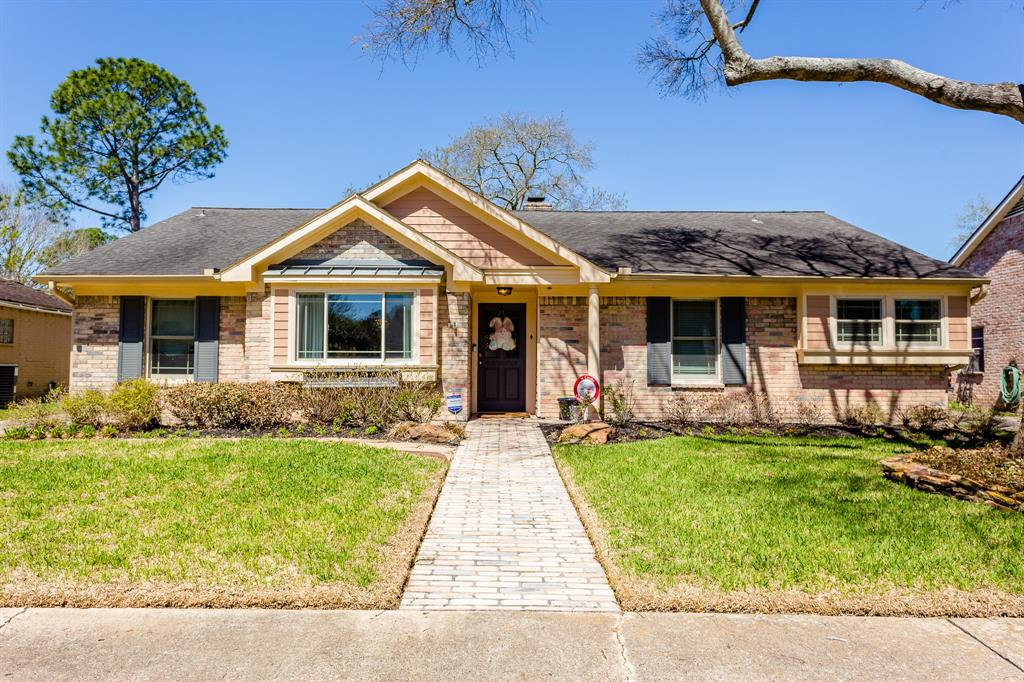 12346 Attlee Drive Houston TX  77077 - Hunter Real Estate Group