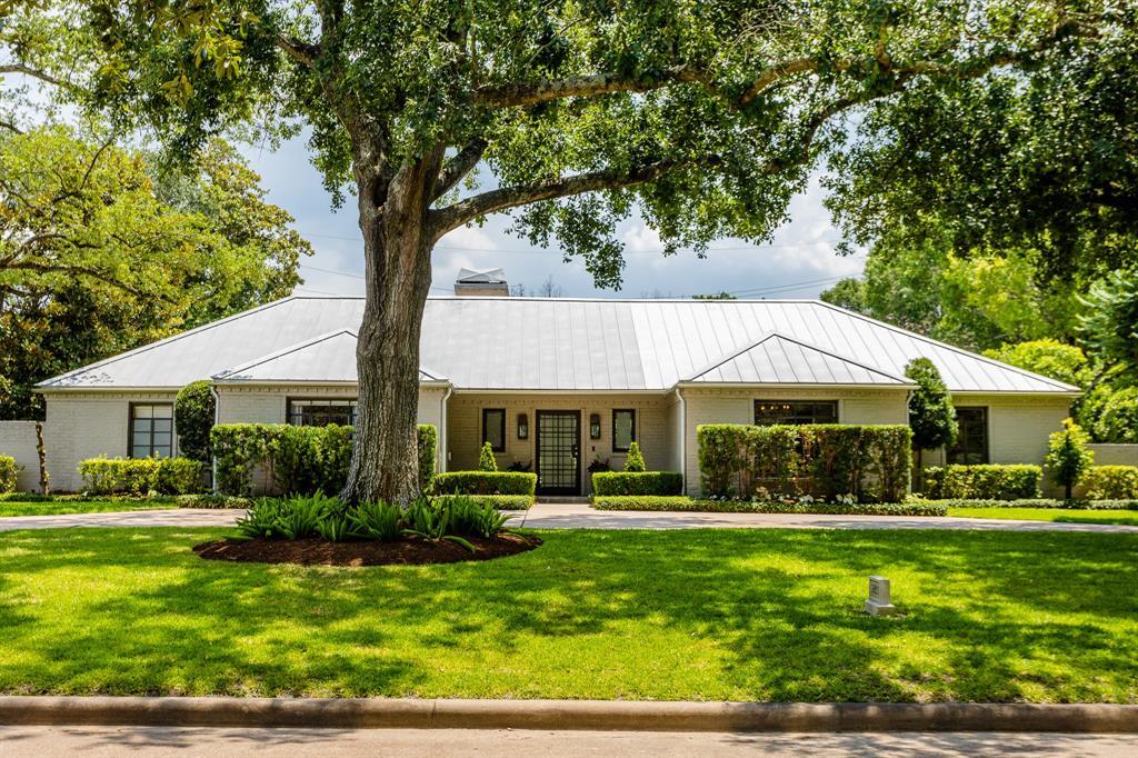 5921 Shady River Drive Houston TX  77057 - Hunter Real Estate Group