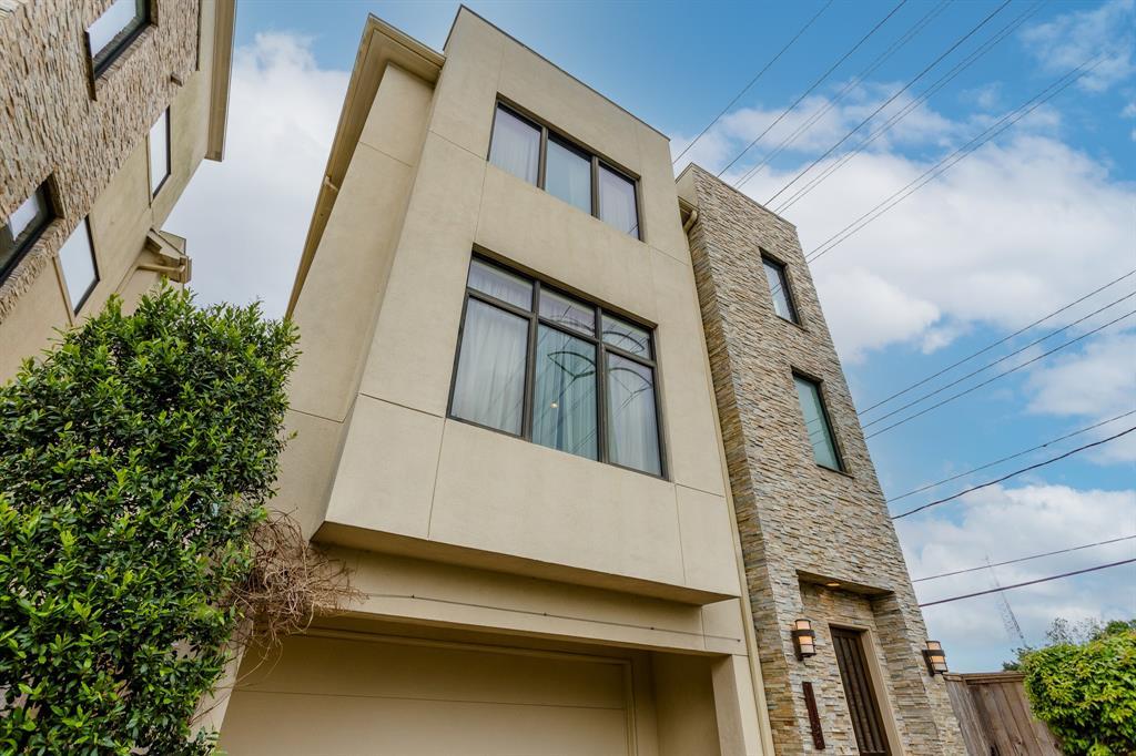 1110 Autrey Street Houston TX  77006 - Hunter Real Estate Group
