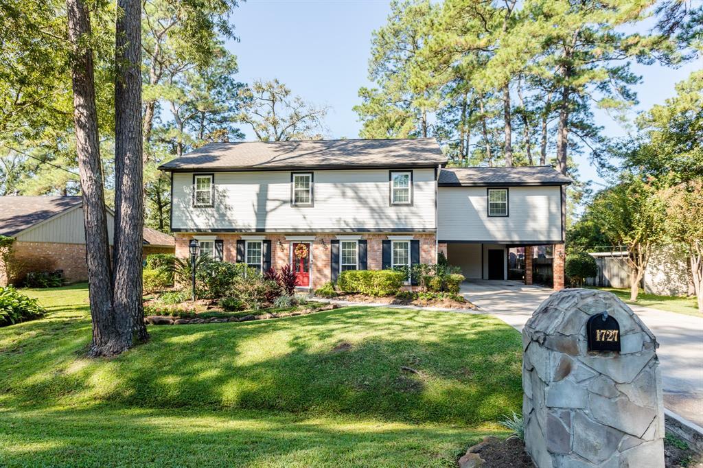 1727 Chestnut Ridge Road Houston TX  77339 - Hunter Real Estate Group